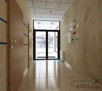 Przeszklone drzwi wejściowe biurowca