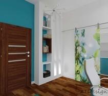 Biało niebieskie biuro z drzwiami przesuwnymi prowadzącymi do garderoby w tych samych kolorach